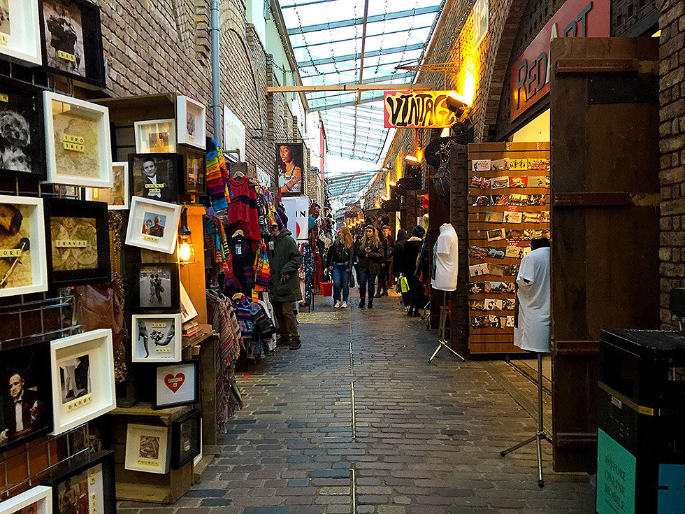 Walking through the Catacombs (Stables Market) it looks like I may have snapped a thief slipping something into their pocket - Camden Town, London England - Tily Travels.