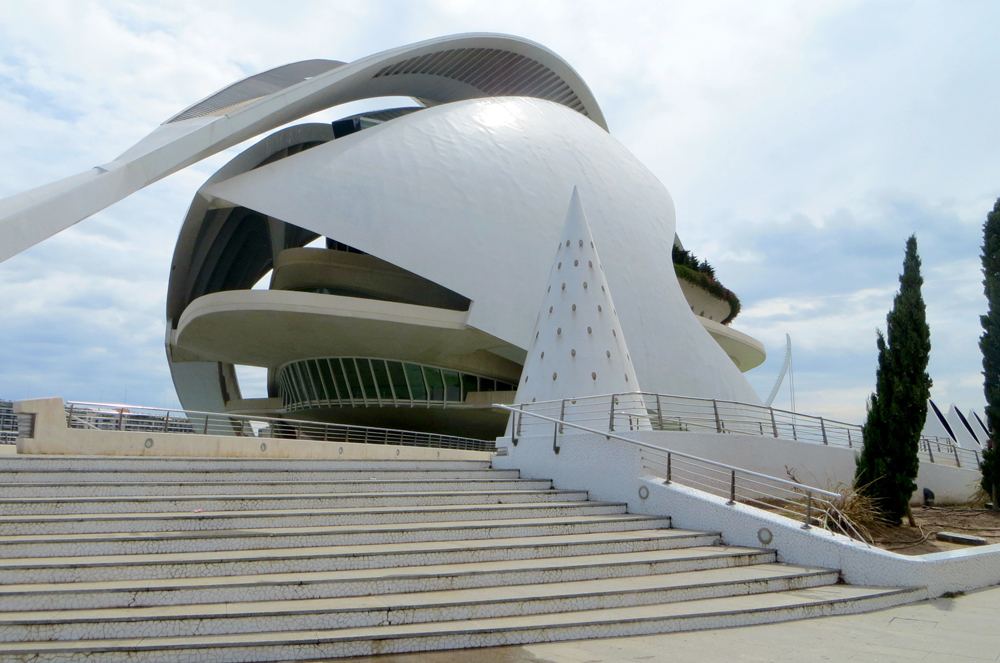 El Palau de les Arts Reina Sofia, City of Arts and Sciences, Valencia, Spain.