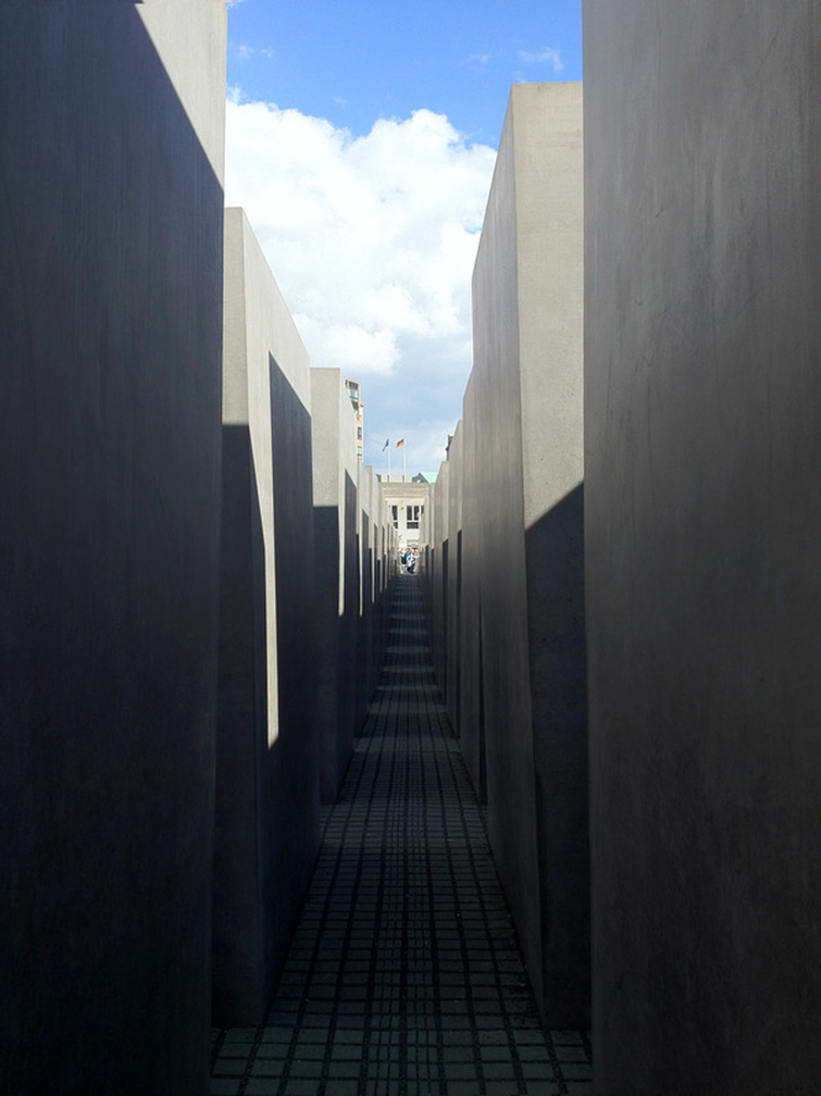 Holocaust Memorial, Berlin, Germany - Looking through the columns. - Tily Travels