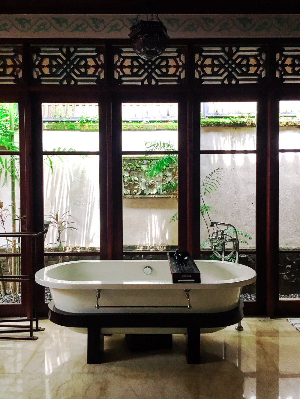Govardana Villa bathroom. Dwaraka, the Royal Villas, Ubud, Bali, Indonesia.