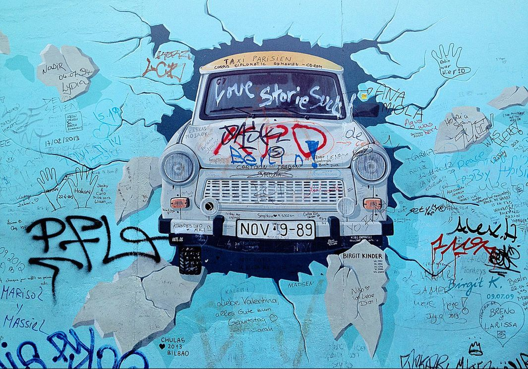 East Side Gallery, Berlin, Germany - Test the best, test the rest (2013)