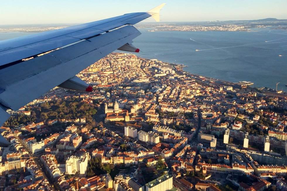 Flying over Lisbon - Landing in Lisbon - Tilytravels