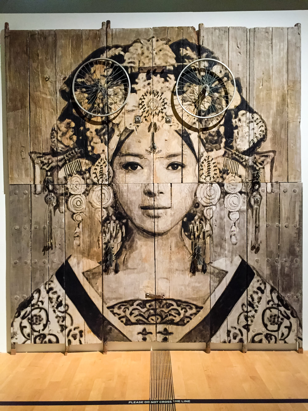 Singapore: Art From The Streets Exhibition at the ArtScience Museum - Empress Wu - YZ - 2016.