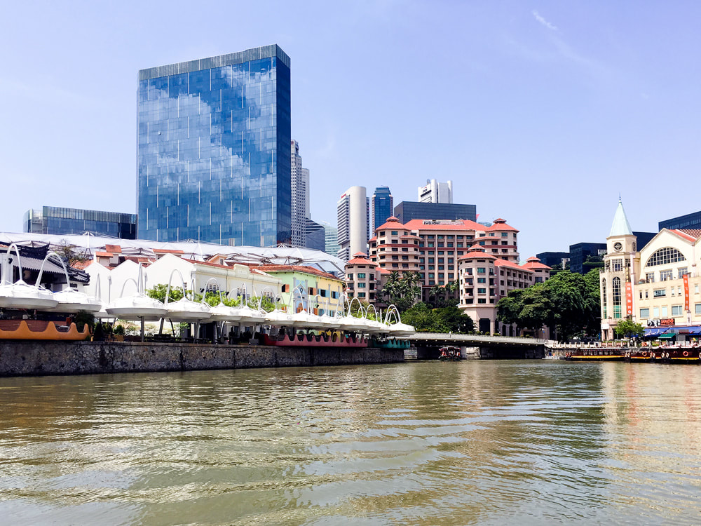 The Singapore river, Clarke Quay and Riverside Point - Singapore River Cruise